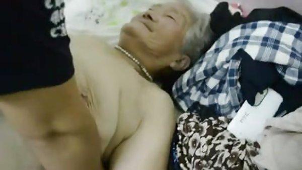 是同性恋的老奶奶1黑色的金发碧眼,野兽型男根